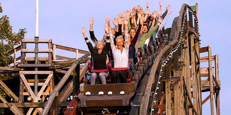 Åkband på Bakken – världens äldsta nöjespark