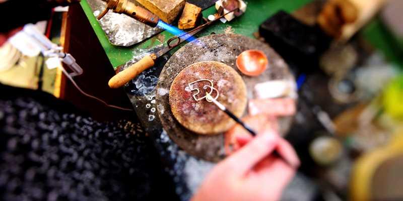 Workshop i smyckesdesign på Ven för dig och dina vänner!
